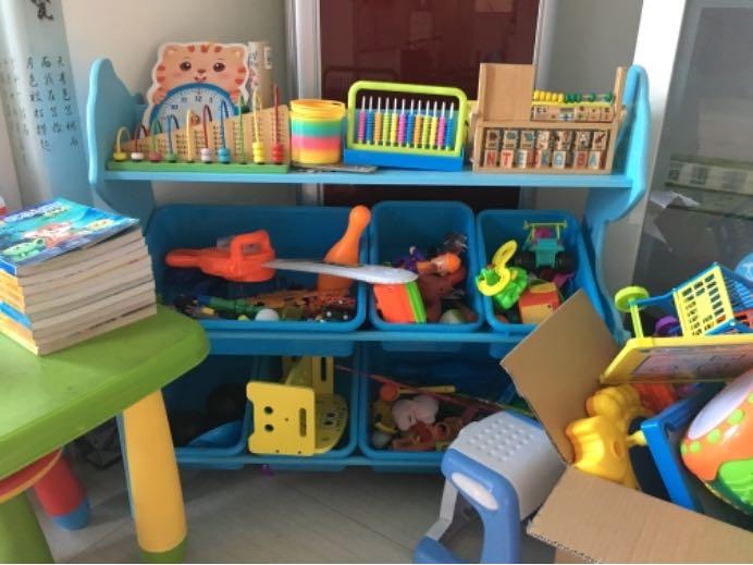 家里的玩具堆成山,请让孩子自己整理!