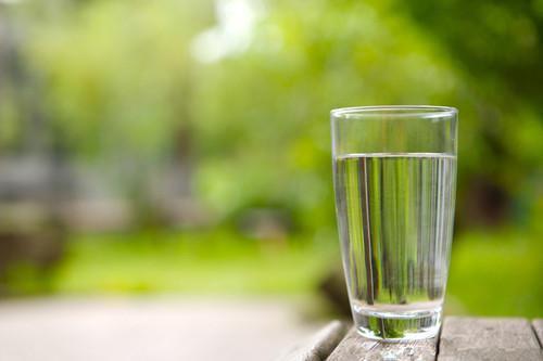 保持喝水和营养水分食谱的技巧